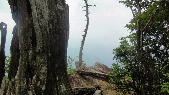 16.雨乞い岩.jpg