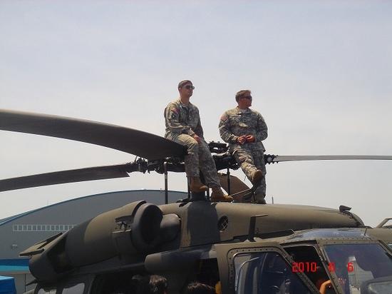 5.シコルスキー UH-60 ブラックホーク.jpg